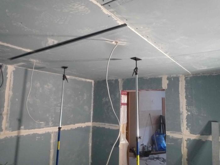 Peindre plafond de cuisine la seyne sur mer plan maison for Peindre sur du placo