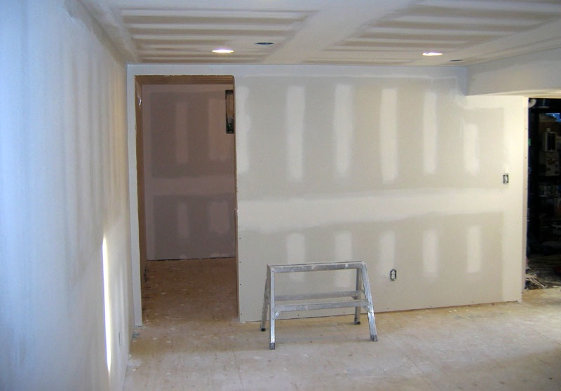 Gypsum wall advantages and disadvantages
