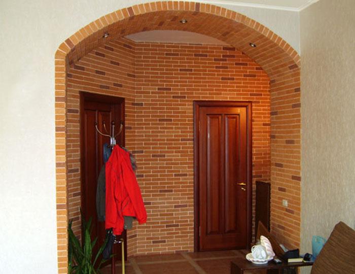 Оформление арки под стиль кирпича