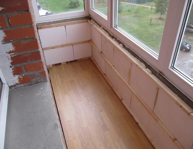Процесс монтажа гипсокартона на балконе